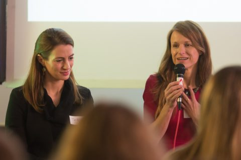 Teresa z Konica Minolta Europe a Lenka z Microsoftu v panelové diskuzi