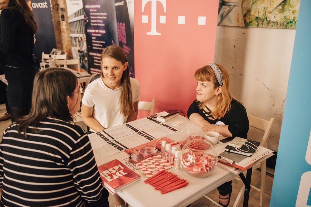 speed dating job fair telegrafní seznamka dárkové předplatné